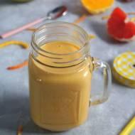 Jogurtowy koktajl (smoothie) z cytrusami i mango