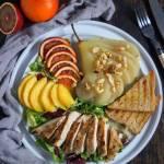 Sałatka z winną gruszką i grillowanym kurczakiem