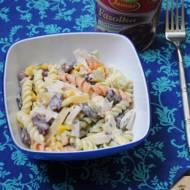 Szybka sałatka makaronowa – idealna do pracy