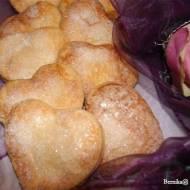 Kruche ciasteczka serduszka