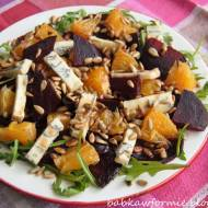 sałatka z buraków z pomarańczami i serem pleśniowym