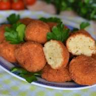 Ziemniaczane kuleczki z serową nutą