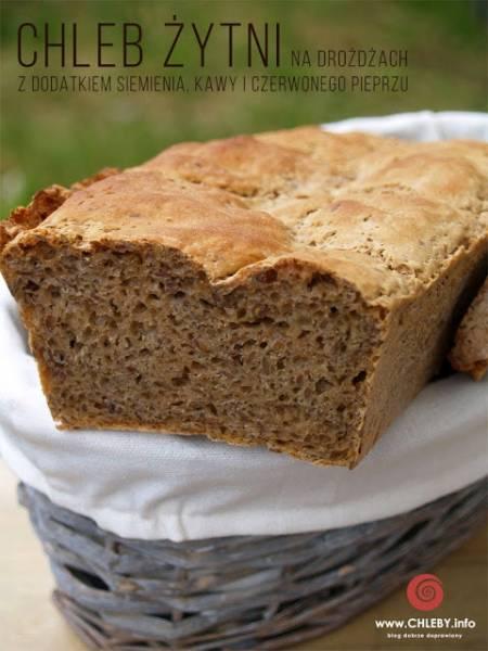 Chleb żytni na drożdżach z kawą i pieprzem