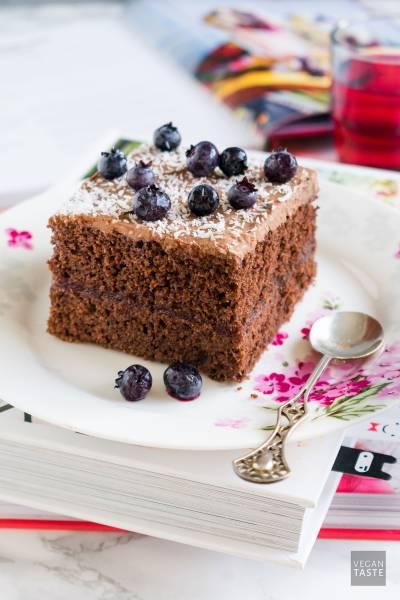 Proste ciasto czekoladowe zkremem