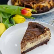Sernik z czekoladą i bananami
