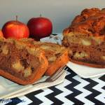 Babka potrójnie kakaowa z jabłkami