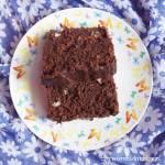Ciasto brownie bananowe z jagodami goji i orzechami laskowymi