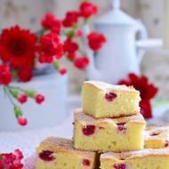 Ciasto-śmietankowo-malinowe