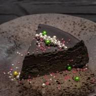 Czarny sernik czekoladowy