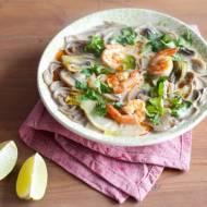Tajska zupa z krewetkami i pieczarkami
