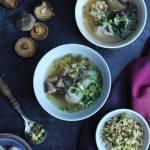 Orientalna zupa won ton, wywar