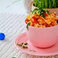 Czerwona sałatka makaronowa