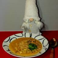 Zupa krem z topinamburu, pasternaku z prażonycmi pestkami dyni i komosą ryżową