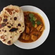 Czerwone curry mango z kurczakiem