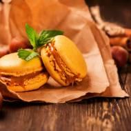 Karmelowe macarons