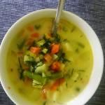 Wiosenna zupa z pora i fasolki szparagowej