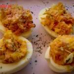 Jajka faszerowane rybą wędzoną