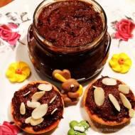 Kakaowy krem daktylowo-śliwkowy