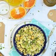 Sałatka z kaszy bulgur z marchewką i pomarańczowym dressingiem