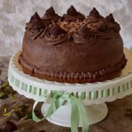 Tort śmietanowo- czekoladowy z wiśniami i truflą