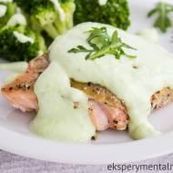 Pieczony łosoś z sosem wasabi – pomysł na Wielkanocny obiad
