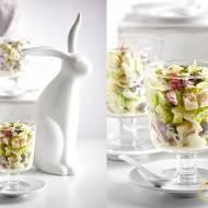 Sałatka Wielkanocna- z jajkiem, serem i warzywami w sosie chrzanowym