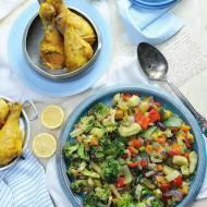 Dieta w insulinoodporności. Kurczak pieczony z warzywami z woka.