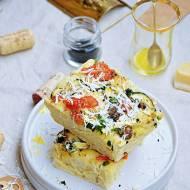 Focaccia z pieczarkami, cukinią i pomidorem
