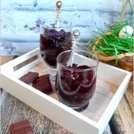 Ryżowy budyń czekoladowy z konfiturą owocową