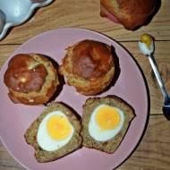 Bezglutenowe muffinki z jajkiem