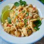 Makaron Pad Thai z kurczakiem i tofu