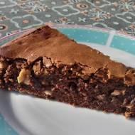 Brownie z solonymi orzeszkami.