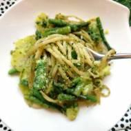 Wtorek: Spaghetti ze szparagami, ziemniakami i pesto