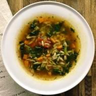 Czwartek: Włoska zupa pomidorowa z makaronem orzo