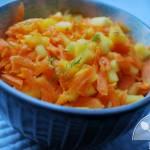 Surówka z marchewki, mango i kopru włoskiego