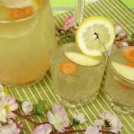 Wiosenny detoks - oczyszczający i orzeźwiający napój pełen witamin
