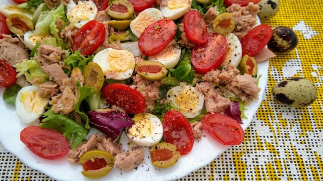 Przepis Na Salatka Z Jajkami Przepiorczymi Niespelnione Zdolnosci