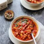 Szybka zupa meksykańska, danie jednogarnkowe