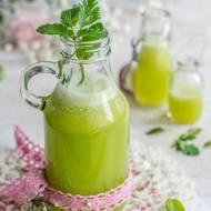 Zielony sok owocowo-warzywny z ziołami   Placuszki z pulpy po soku