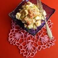 Sałatka z ryżu, tuńczyka i halloumi