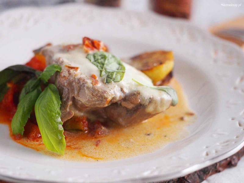 Szybki kurczak z suszonymi pomidorami i mozzarellą / Easy chicken with sun dried tomatoes and mozzarella