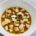 Zupa krem cebulowa z grzankami
