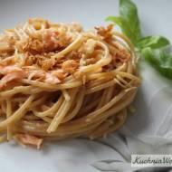 Spaghetti carbonara złososiem