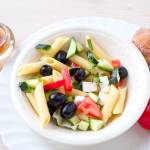 Grecka sałatka z makaronem