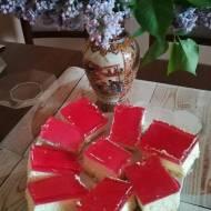 Sernik z galaretką na krakersach -idealny na majowy wekkend