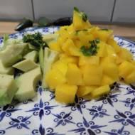 Antigua i Barbuda - Salatka z mango i awokado z dressingiem z limonki
