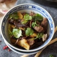 Wołowina z kapustą po chińsku