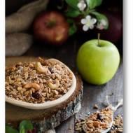 Jabłkowa granola z żurawiną, ekspandowanym amaratusem, orzechami…