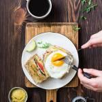 Croque Madame z pomidorem, rukolą i awokado oraz relacja z warsztatów z coffee and food pairing ze Starbucks