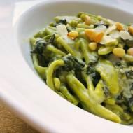 Bardzo szpinakowa pasta z dodatkiem gorgonzoli i parmezanu